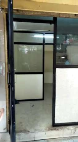 325 sqft ground level shop at dharampeth
