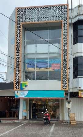 (AMT&GWJ). Ruko Taman Pondok Indah kondisi ok untuk segala usaha