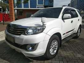 Toyota Fortuner G TRD Sportivo MT 2012 putih