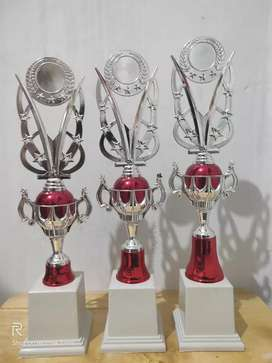 Piala Trophy BT 051S (Merah,Hijau)