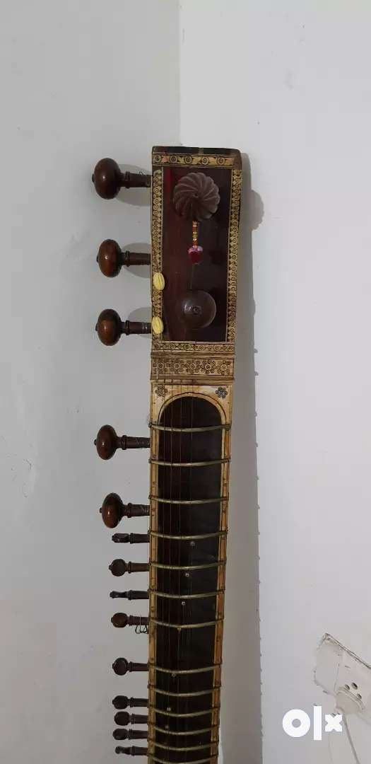 Antique single gourd Sitar 0