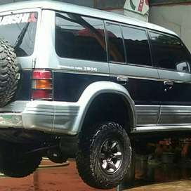 pajero 4x4 exceed automatic  diesel 1997