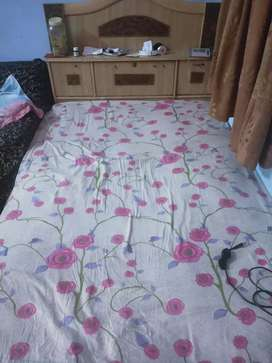 Single bed (without box)
