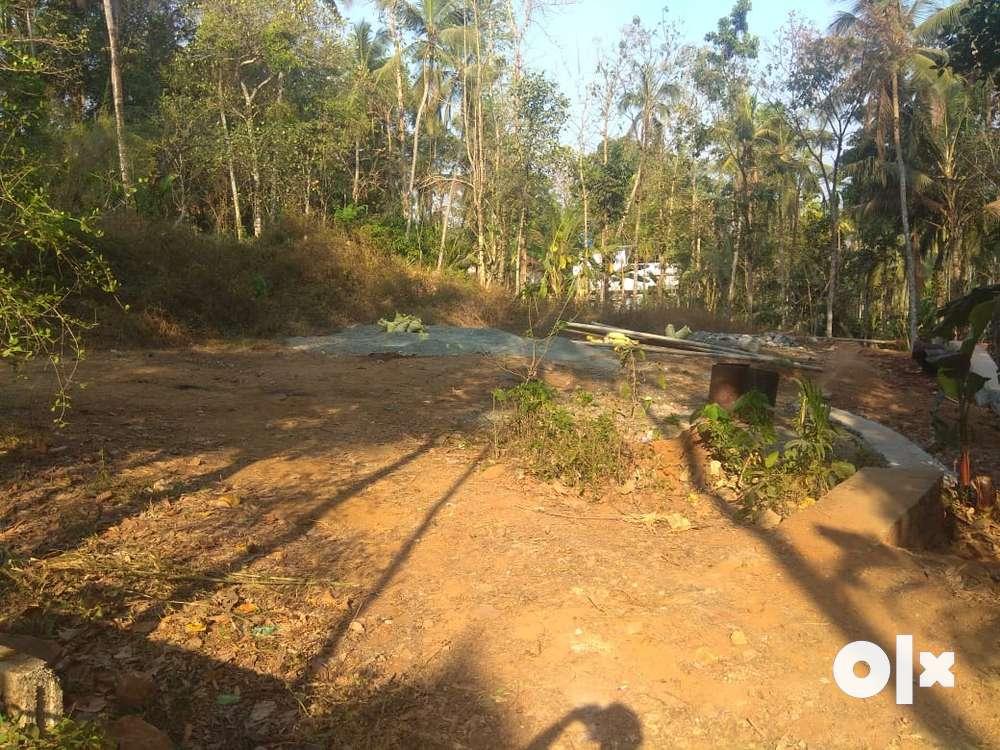 melmuri, malappuram muncipality,15 cents square plot for sale