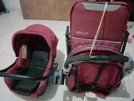Dijual car seat dan kereta dorong bayi second 850 ribu.