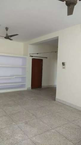Spacious Villa house available for rent on ground floor