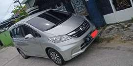 Honda freed type sd istimewa