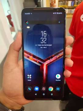 Asus Rog 2 is a very powerful processor and a very good gamin phone.