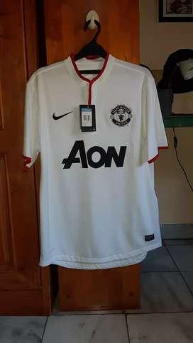 (BNWT) Manchester United Away Third Kit 2012/2013 (Size M)