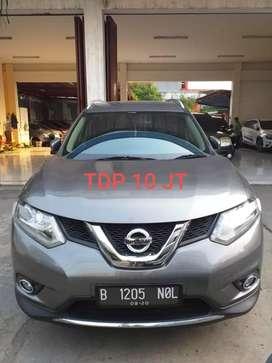 Nissan Xtrail 2.5 Tahun 2015 Mulus bisa tt Hrv Crv Innova Tucson Xenia