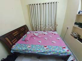 Bed for sale queen size