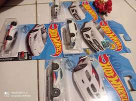 Hot wheels paket hot items