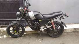 Honda tiger (bisa bt vespa excel/sprint) utamakan uang