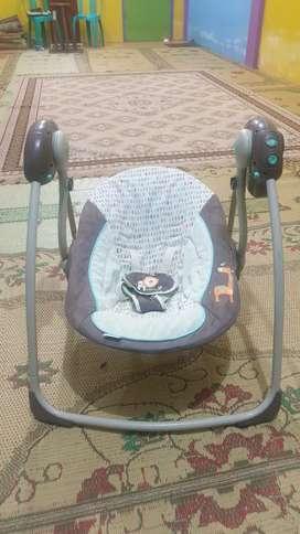 Ayunan / bouncher bayi