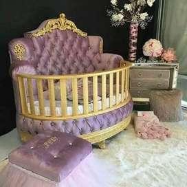 Tempat tidur bayi custom