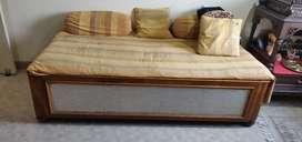 Diwan wooden