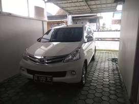 Mobil Avanza G 2014