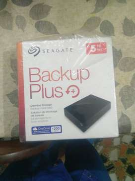 5 TB hard Disk SEGATE BACKUP PLUS