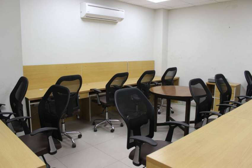 Fully Furnished office Available for rent in Value Tower Ghalib Market 0