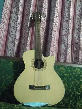 Guitar merk Yamaha no minus snar 6