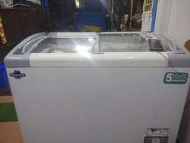 Rockwell Display freezer 350 liters