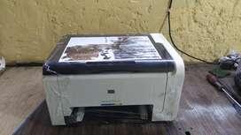 HP color LaserJet cp1025 printer