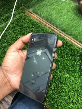 IPHONE X 64 GB GREY COLOR CONDITOIN LIKE NEW EVERYTHINK IS ORIGENAL