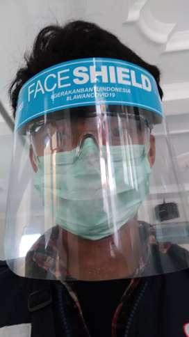 Face Shield (pelindung wajah)