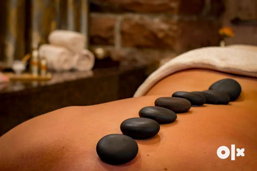 Massage therapy With Ayurvedic treatment  for Fimale customers 0