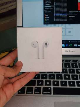 Apple Airpods 2 With Wireless Charging Master Piece - NEW & SEAL PACK