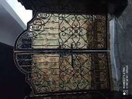 Gate. For sale very good condition