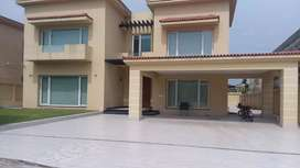 Bahria town, phase 7, kanal luxuriously house, dream location investor