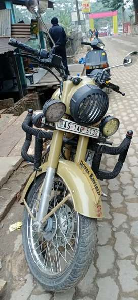 Royal Enfield 500cc at amazing rate and prize only genuine buyers call