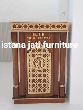 Mimbar podium motif ukir arabian style