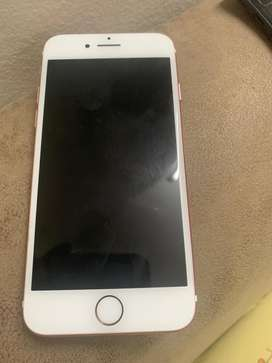 Iphone 7 32gb in Excellent Condition