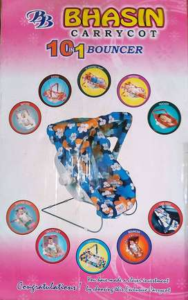 New Brand Carrycot 10 in 1 Bouncer.