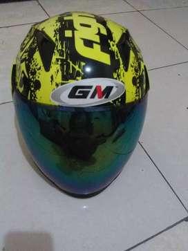 Helm GM fighter ukuran L