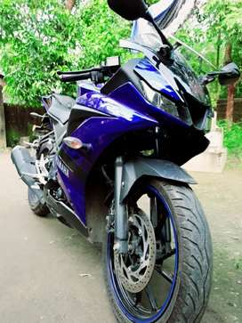 Yamaha R15 V3 Blue 1year 8month old