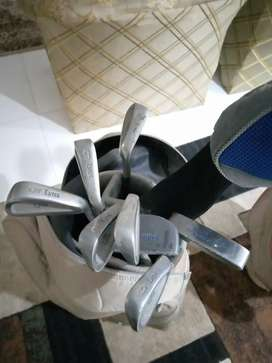 Golf kit available all clubs imported with imported bag