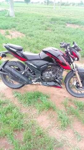 Apache rtr 200 4v race edition