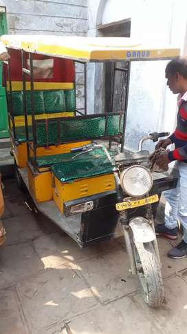 E-rickshaw with new battery