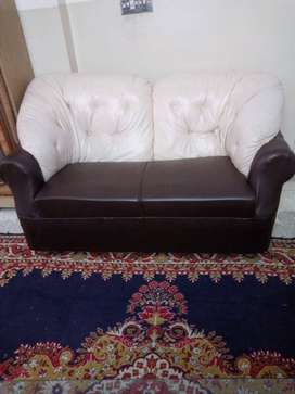 7 Seaters SofaSet Brown / Off-white Color 10/10 Condition. Urgent Sale