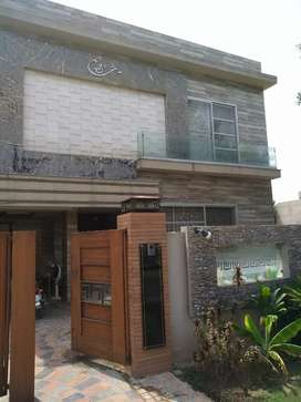 10 marla Luxcury upper portion for rent
