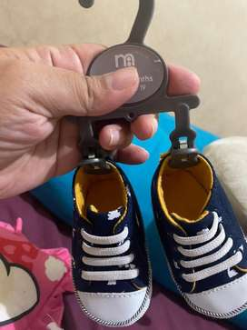 Sepatu mothercare 0-3bln