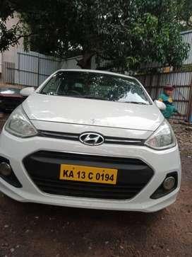 Hyundai xcent 2016