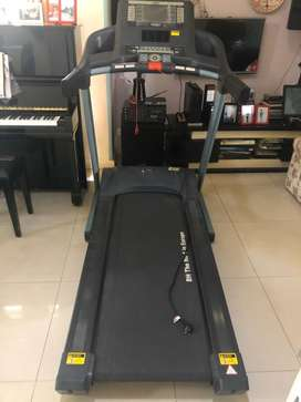 Treadmill BH F3bonus kursi pijat perfect health!