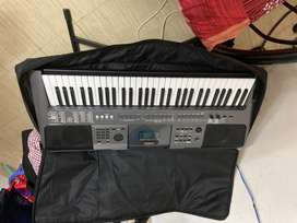 Yamaha PSR I 500 less than 3 month with bill and waranty