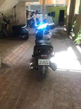 Honda dio 2019 good condition yolow black colour
