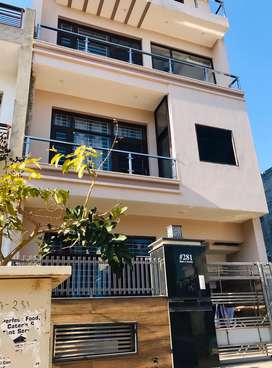 2BHK For Rent (Family or Working girls)