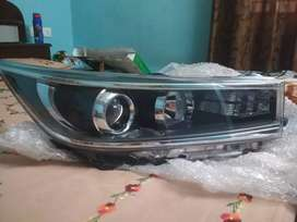 Toyota innova Crysta used original headlights